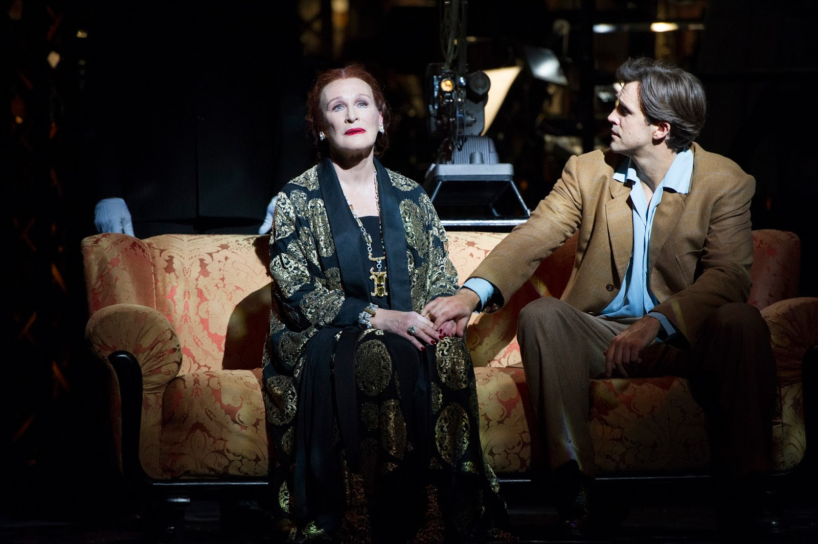 2. l-r Glenn Close (Norma Desmond), Michael Xavier (Joe Gillis), photo by Richard Hubert Smith